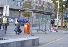 В Варне авто врезался в остановку муниципального транспорта