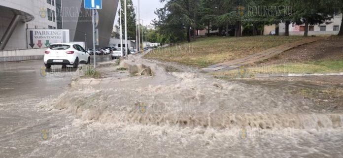 Варна превратилась в аквапарк