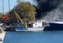 В порту Несебра сгорела прогулочная яхта