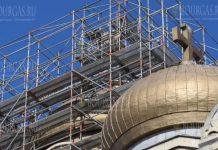 В Варне провели золочение куполов храма Успения Пресвятой Богородицы