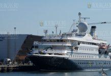 Круизное судно Sea Dream II в Бургасе