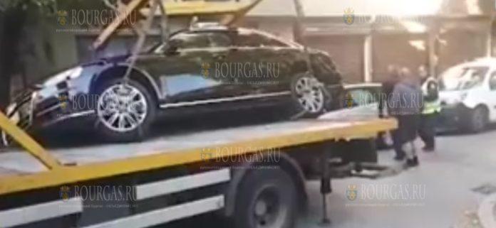 Паук в Пловдиве разбил дорогостоящий авто